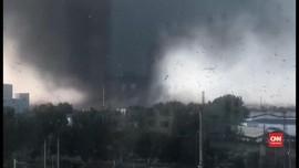 VIDEO: Tornado Sapu China, Enam Orang Tewas