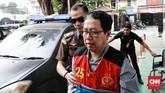 Sejak Januari, Joko Driyono tersangkut kasus pengaturan skor sepak bola Indonesia. Apartemen dan kantor Joko Driyono sempat digeledah Stgas Anti Mafia Bola pada Januari serta Februari.(CNN Indonesia/Andry Novelino)