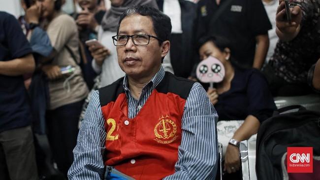 Pada akhir Maret, Joko Driyono ditahan polisi di Polda MetroJaya setelah menggelar pemeriksaan kelima. Penahanan Joko dimulai sejak 25 Maret sampai 13 April.(CNN Indonesia/Andry Novelino)