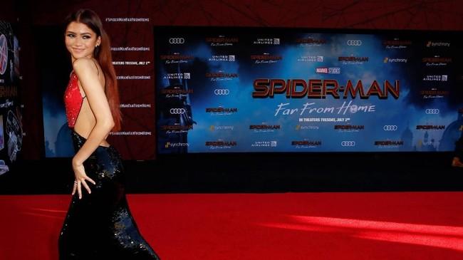 Aktris Zendaya hadir sebagai MJ, gadis yang disukai Peter Parker. MJ bukanlah Mary Jane, namun singkatan dari Michelle Jones. (REUTERS/Danny Moloshok)