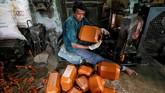 Namun, India akan mengurangi pembatasan investasi asing pada ritel merek tunggal. (REUTERS/Rupak De Chowdhuri)