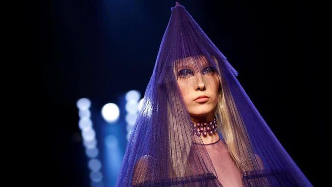 Fantasi Liar dalam 'Semesta' Jean Paul Gaultier