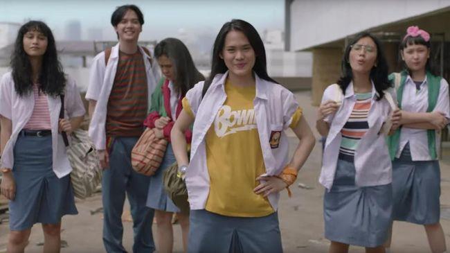 Bintang Film 'Bebas' Daur Ulang Lagu Iwa K