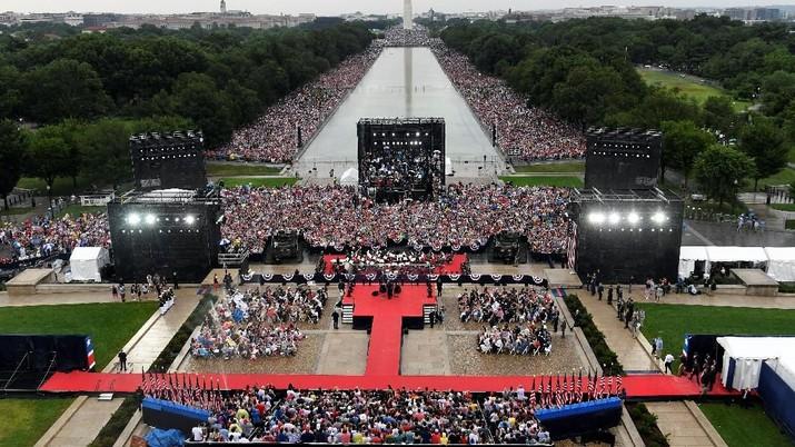 Hujan Kritik untuk Trump di Hari Kemerdekaan AS yang ke-243