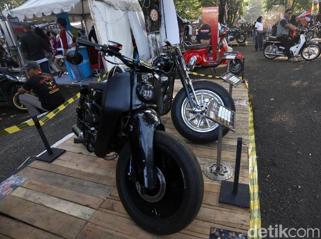 Modifikasi motor yang ditampilkan di Parjo 2019. Foto: Agung Pambudhy
