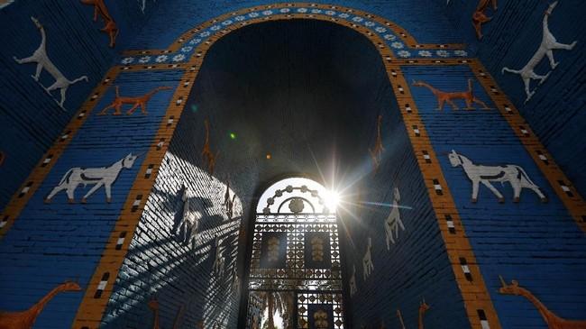 UNESCO menetapkan Babilonia atau Babel di kawasan Mesopotamia, Irak, sebagai salah satu Situs Warisan Dunia. Keputusan diambil setelah proses pemungutan suara yang dilakukan pada Jumat (5/7). (REUTERS/Thaier Al-Sudani)