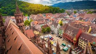 Berdamai dengan Musim Panas di Kota 'Black Forest'