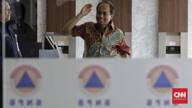 Kepala Pusat Data Informasi dan Humas Badan Nasional Penanggulangan Bencana (BNPB) Sutopo Purwo Nugroho meninggal dunia setelah berjuang lama melawan kanker yang menggerogoti kesehatan tubuhnya, Minggu (7/7) dini hari. (CNN Indonesia/Adhi Wicaksono)