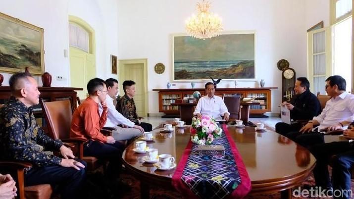 Jokowi mengaku sudah memiliki gambaran terkait komposisi kabinet nanti.