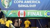 Dalam beberapa pemberitaan menyebut Gabriel Jesus menangis saat berada di tangga di lorong menuju ruang ganti Stadion Maracana usai dikartu merah di laga final Copa America 2019. (REUTERS/Ricardo Moraes)