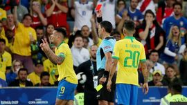 Jesus Menangis Usai Dikartu Merah di Final Copa America 2019