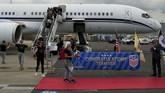Tim Amerika Serikat tiba di Newark International Airport, New Jersey, setelah memenangkan Piala Dunia Wanita 2019. (REUTERS/Eduardo Munoz)