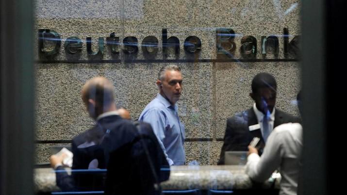 Deutsche Bank AG pada Minggu (7/7/2019) akhirnya memutuskan untuk memangkas 18.000 karyawannya yang tersebar di seluruh dunia hingga akhir 2022.