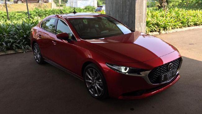 Alasan Mazda Berani Letakkan 3 di Jepitan Civic dan Corolla