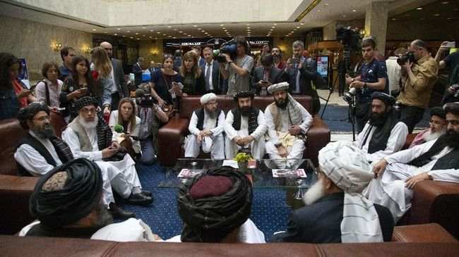Dialog dengan AS Gagal, Taliban Dekati Rusia