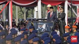 Jokowi Lantik 781 Perwira TNI dan Polri di Istana Merdeka