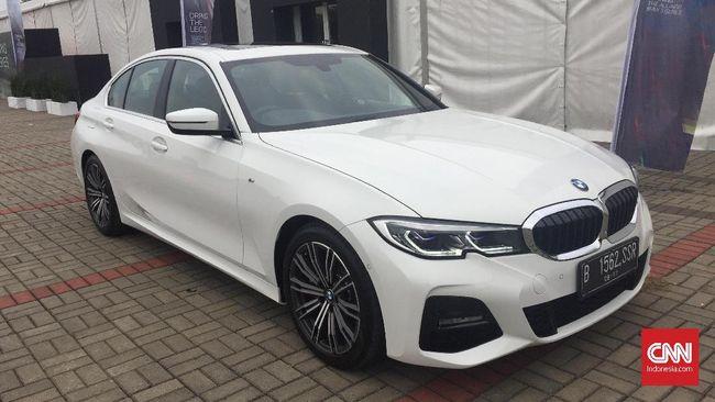 Cara Unik BMW Habiskan Stok Lama Seri 3
