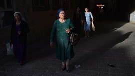 Perempuan Uighur Klaim Dibikin Mandul di Kamp China