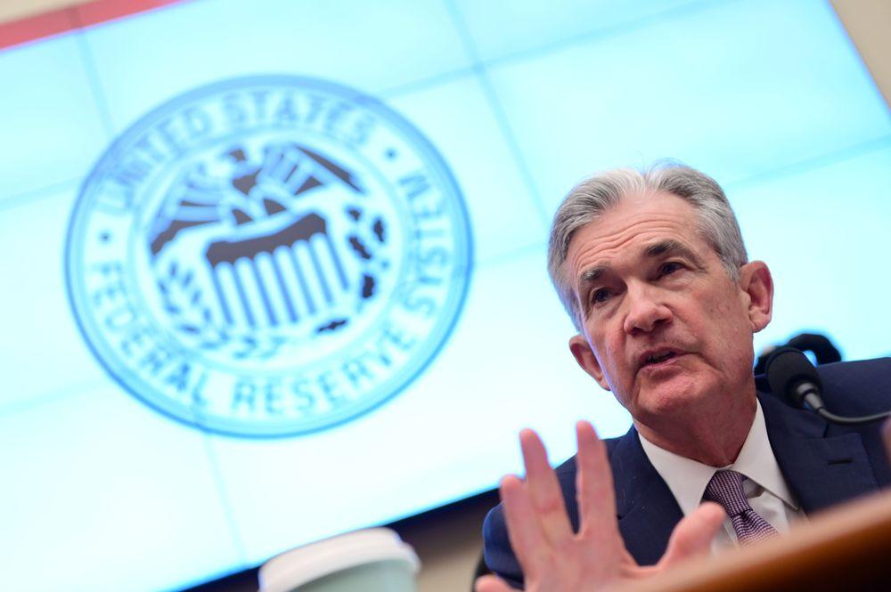 Kejayaan dolar AS runtuh pada perdagangan Rabu (10/7) setelah pimpinan Ketua Federal Reserve Jerome Powell bersikap dovish.