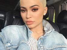 Remaja Canggung Jadi Miliarder, Ini Perjalanan Kylie Jenner