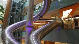 Ada Seluncuran Unik di Bandara Changi Singapura