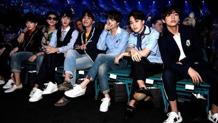 Corona Makin Ganas, BTS Tunda Konser di AS & Kanada