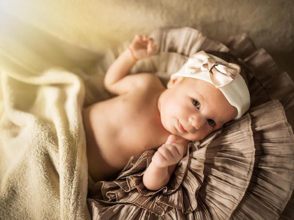 20 Inspirasi Nama Bayi Perempuan Awalan J dengan Beragam Makna