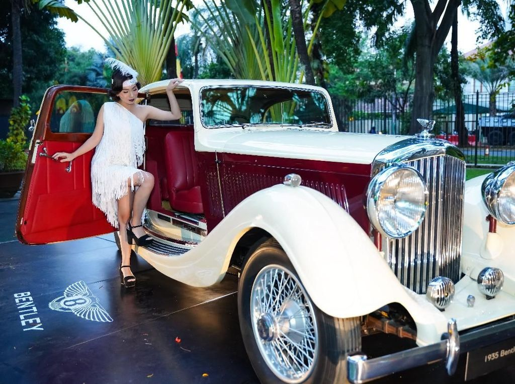 Melihat berbagai sumber, Bentley 3.5 Liter tidak hanya dikembangkan oleh Bentley semata. Mobil juga menggunakan beberapa teknologi Rolls-Royce dan merupakan model Bentley pertama yang dirilis setelah Rolls-Royce mengakuisisi Bentley. Istimewa/Dok. Bentley.