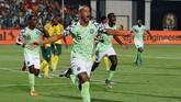 Nigeria lolos ke semifinal dengan mengalahkan Afrika Selatan 2-1 di babak perempat final. (REUTERS/Amr Abdallah Dalsh)