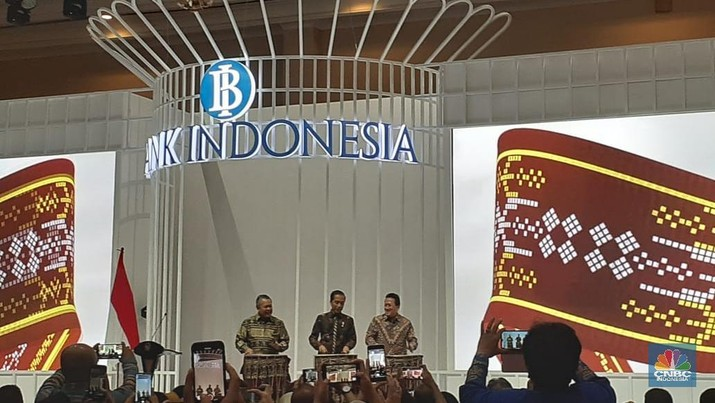 Jokowi Buka Pameran Karya Kreatif Indonesia 2019