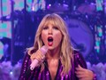 VIDEO: Taylor Swift Sindir Scooter Braun di Konser