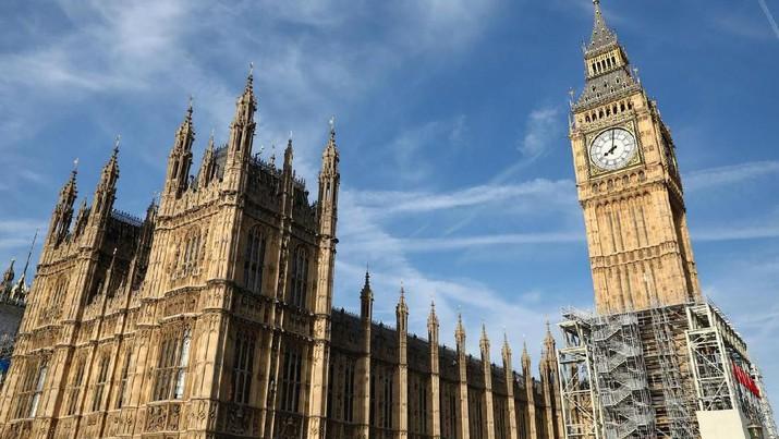 Kesunyian Lonceng Big Ben di Usia yang ke-160