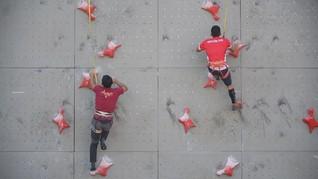 Alfian M Fajri Juara Dunia Panjat Tebing di Perancis