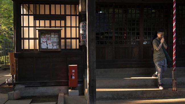 Kuil Gotokuji dapat ditempuh dengan berjalan kaki 5 menit dari Tokyu Setagaya-line Stasiun Miyanozaka.