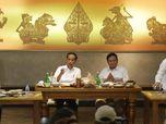 Berlatar Tokoh Semar dkk, Jokowi dan Prabowo Makan Bareng