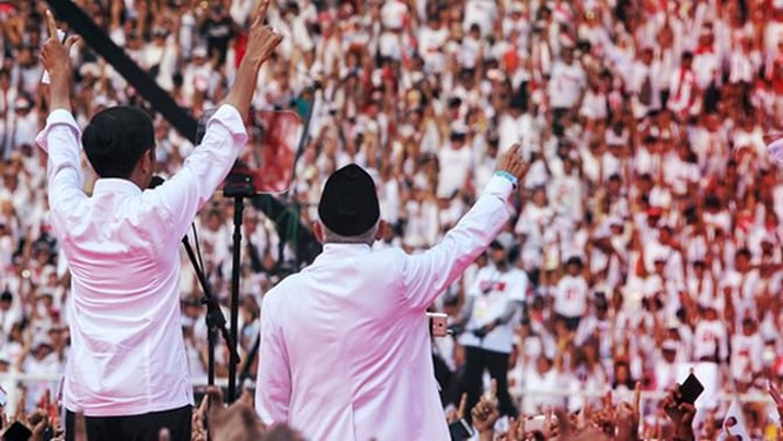 Menurut Jokowi, Indonesia harus menyadari saat ini Indonesia berada dalam lingkungan global yang sangat dinamis.