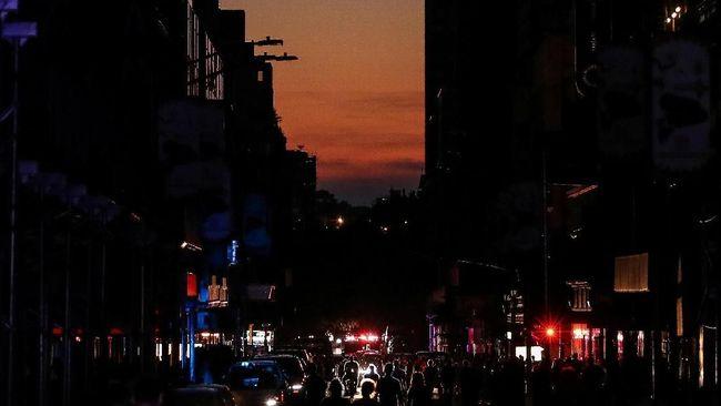 Mati Lampu Usai Warga New York Bersorak Sorai