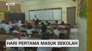 VIDEO: Hari Pertama Masuk Sekolah di Jakarta