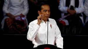Jokowi Bebaskan Pajak Impor Pesawat dan Kapal