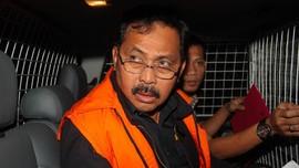 KPK Temukan Uang Miliaran Berserakan di Rumah Gubernur Kepri