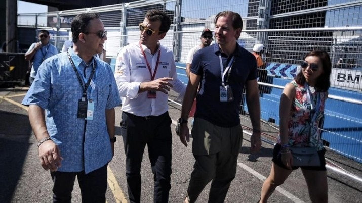 Ketika Jokowi Dukung Penuh Gubernur Anies