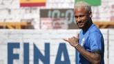 Neymar diyakini akan meninggalkan PSG pekan ini setelah kembali menyatakan ingin pergi dari Paris. Barcelona dan Manchester City diyakini menjadi dua klub yang akan jadi pelabuhan baru Neymar. (REUTERS/Rahel Patrasso)