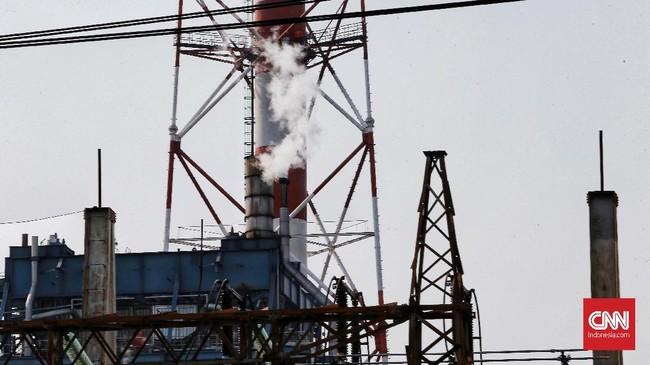 Selain dua PLTU yang berada di Muara Karang dan Tanjung Priok, Walhi dan Greenpeace mencatat pada 2017 polusi udara di Jakarta setidaknya secara keseluruhan berasal dari 10 PLTU di sekitarnya. (CNN Indonesia/Andry Novelino)