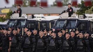 Gudang neo-Nazi Italia Digerebek, Simpan Senjata hingga Rudal