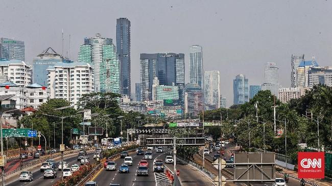 Berdasarkan hasil studi Greenpeace dan IQ AirVisual yang dipublikasikan 5 Maret 2019, Jakarta menempati puncak daftar kota paling berpolusi di Asia Tenggara pada tahun 2018. (CNN Indonesia/Andry Novelino)
