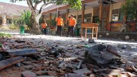 Masjid hingga Puskesmas di Jatim Rusak Akibat Gempa Bali