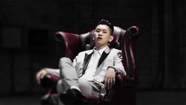 Rapper Crush Gabung di Agensi Milik PSY