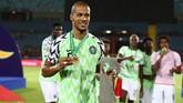 Bek Nigeria yang notabene pemain Udinese William Troost-Ekong meraih penghargaan Man of The Match pada laga perebutan peringkat ketiga turnamen bergengsi benua Afrika tersebut. (Off REUTERS/Sumaya Hisham)