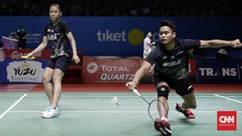 Lirikan Tontowi ke Butet di Indonesia Open 2019