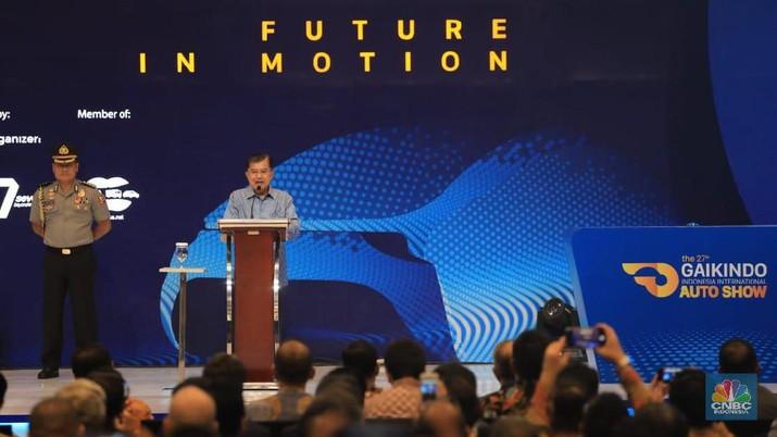 Wapres JK menegaskan pemerintah mendukung pengembangan mobil listrik.